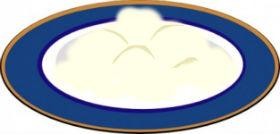 Блюдце со сметаной